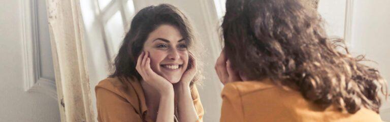 Descubre el autoconocimiento y los beneficios para la salud mental