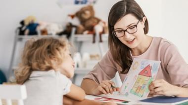 estudiar pedagogía y cursos de psicología infantil