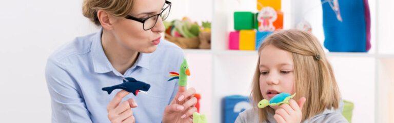 Descubre los juegos psicológicos para niños más utilizados en terapias de juego
